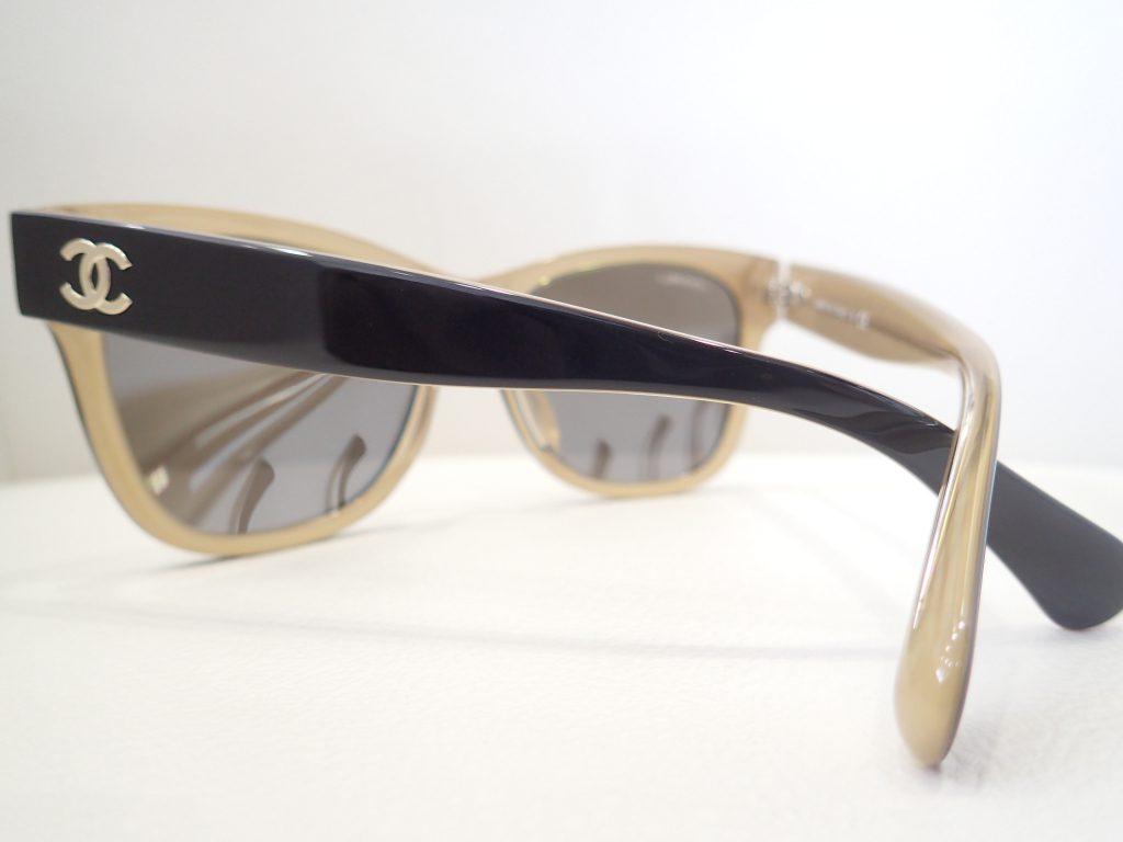 CHANEL(シャネル) 5380A カジュアルに掛けていただけるサングラスのご紹介です。