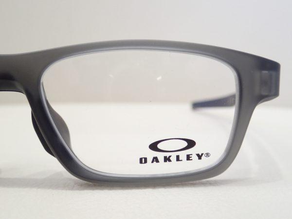 OAKLEY(オークリー) 「OX8117」 小振りなCROSSLINK HIGH POWER のご紹介です。 OAKLEY