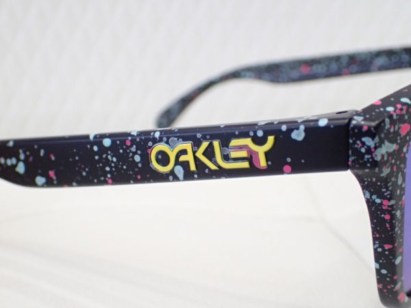 OAKLEY(オークリー) 「Frogskins」フロッグスキン 新色サングラス入荷しました。 OAKLEY