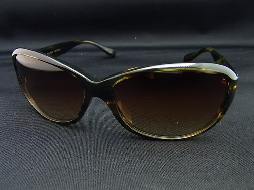 OLIVER PEOPLES サングラス Witney