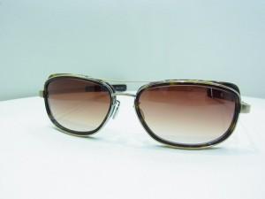 オシャレアイテムに最適★サングラス