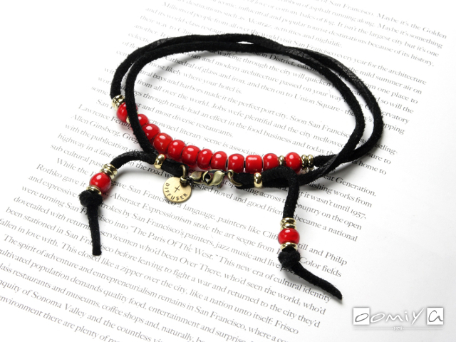 DIFFUSER (ディフューザー)|ブレスコード WHITE HEARTS BEADS BRACECODE / Black deer skin /Red beads (SG1037A)