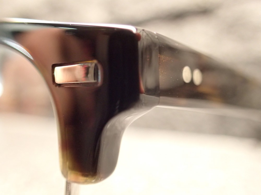 OLIVER PEOPLES(オリバーピープルズ)「Balen」60年代のサーモントをデザインに・・・