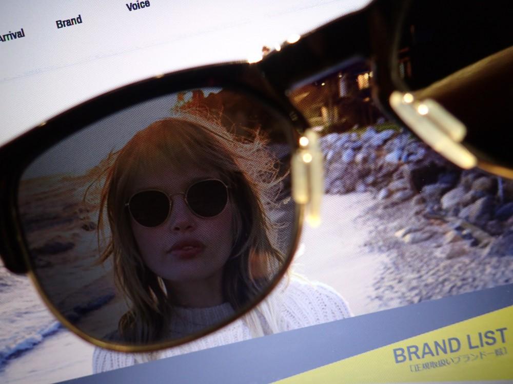 各メーカーによる偏光レンズのメリット・デメリットとは?