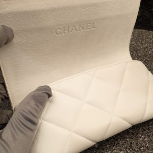 CHANEL(シャネル)「CH6051」香水をモデルに作られた2018冬のコレクションです。-CHANEL