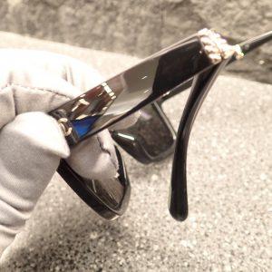 息を吹きかけると浮かび上がる!?シャネル折りたたみサングラス「CH6053」-CHANEL