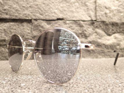 サンローラン「SL250」モードなラウンドミラーサングラス