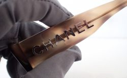 シャネルの2019新作「CH3387A」デカロゴに注目。