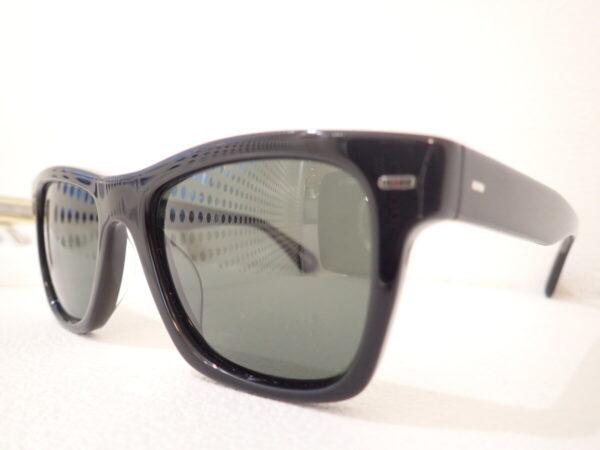 ブランド名を冠したサングラス「OV5393SU:OLIVER」新しいアイコンモデルに立候補!?-OLIVER PEOPLES
