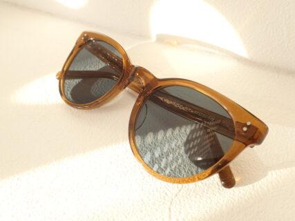 アイヴァン(EYEVAN)「Kate」60年代頃のビッグスタイルをミックスしたサングラス。