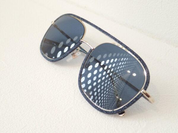 シャネル(CHANEL)「CH4249J」シャネルらしいデニム生地を使用したサングラスです。-CHANEL