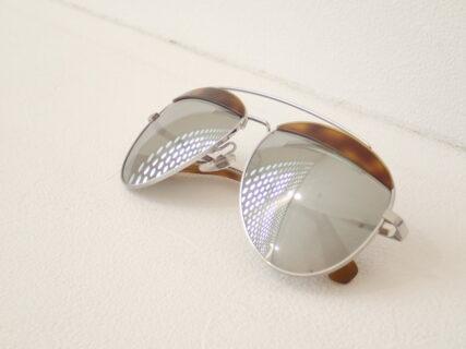 眼鏡ブランド同士の珍しいコラボレーションモデル:アランミクリ×オリバーピープルズ「A04004 PAON」。