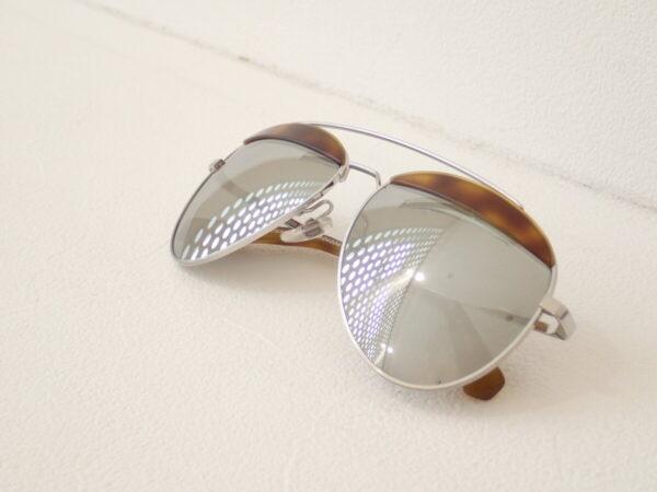 眼鏡ブランド同士の珍しいコラボレーションモデル:アランミクリ×オリバーピープルズ「A04004 PAON」。-alain mikli OLIVER PEOPLES