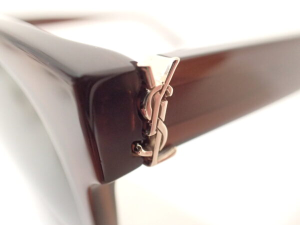 サンローラン(SAINTLAURENT)「M39/K」YSLのロゴがお洒落です。