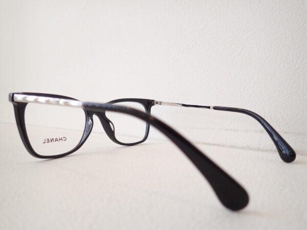 シャネル「3379-B-A」クリスタルガラスを使用したさり気ない高級感。-CHANEL