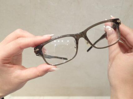 """コンタクトから眼鏡に変えるワケとは?""""最近のお客様事情"""""""