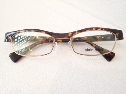 90年代のデザイン復刻モデル|alain mikli(アランミクリ)「J1307」