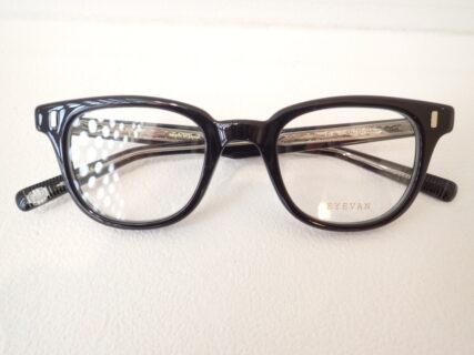 とっても使いやすい流行のメガネです|EYEVAN(アイヴァン) Grossam(グロッサム)