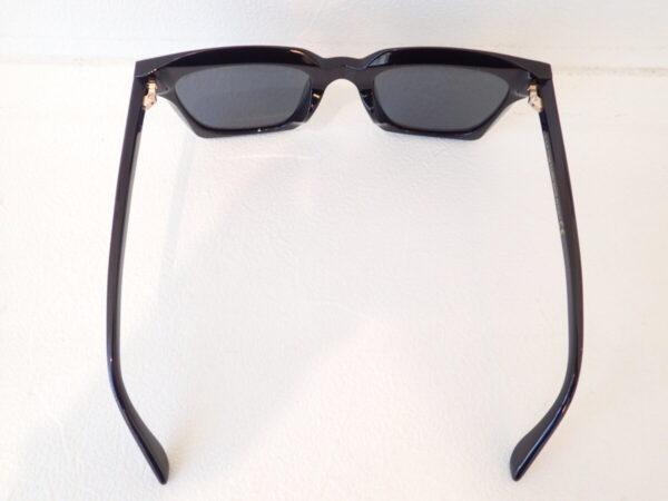 男性が掛けても眉まで隠れるBIGサングラス!|TOM FORD(トムフォード)「TF803-K 01A」-TOM FORD