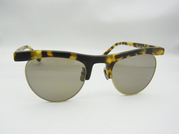 OLIVER PEOPLES ★ OP-4